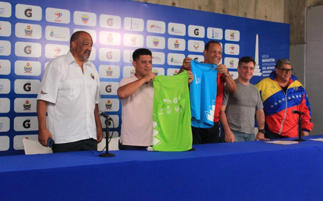 Entregan equipos para la Primera Media Maratón Internacional del Estado Miranda