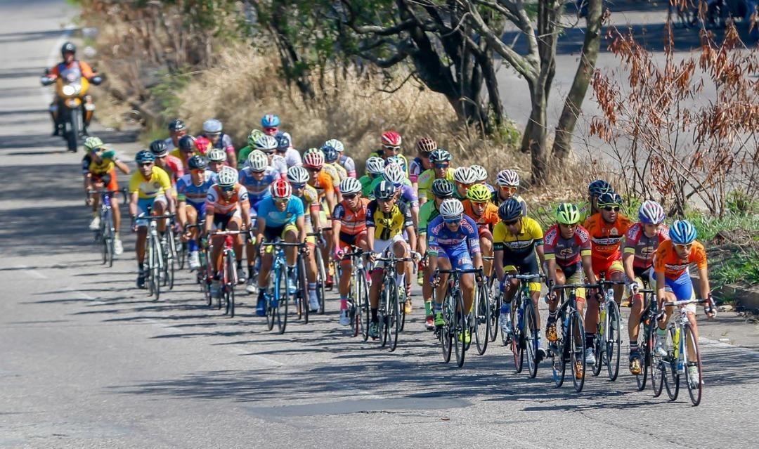 Gobernación de Miranda Trek ganó primera etapa de Vuelta al Táchira
