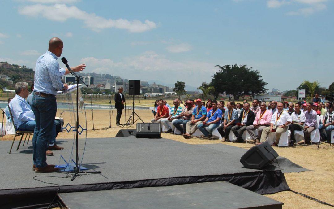 Gobernador exaltó compromiso y solidaridad de trabajadores durante falla eléctrica